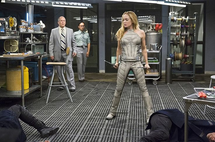Legends of Tomorrow Pilot Part 2 White Canary Arrows Damien Darhk Appears in New Legends of Tomorrow Stills