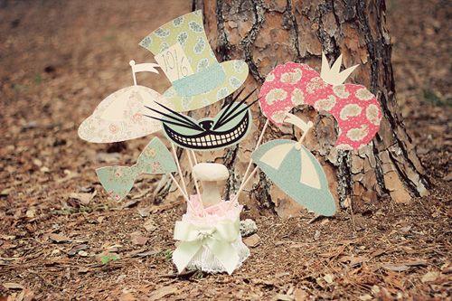 Alice im Wunderland Photobooth Requisiten