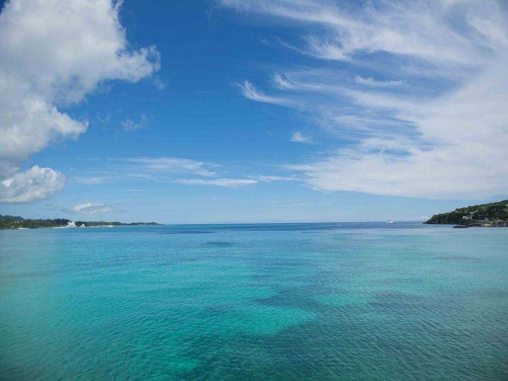 沖縄といえば「夏」に行くイメージ。でも実は第二のオンシーズンは「冬」なんです!今回は冬に沖縄に行くべき理由を6つお教えします。これであなたも冬の沖縄を楽しむことができますよ!