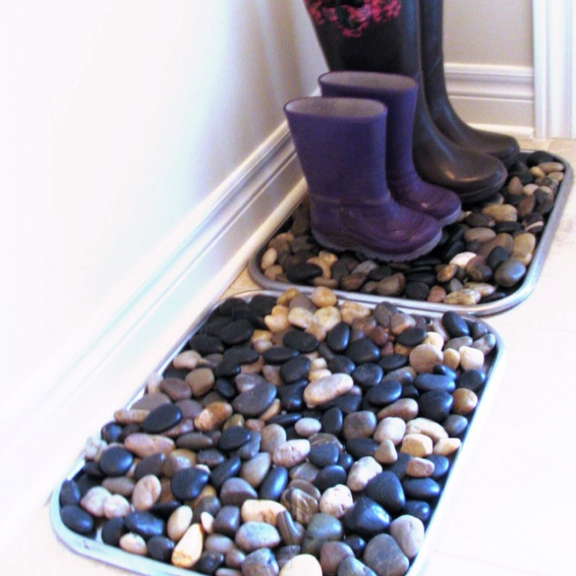 River stone boot trays