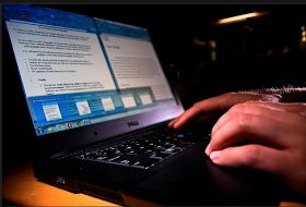 Educational Technology and Mobile Learning: 8 Useful Resources for Writing Scholarship and College Admission Essays