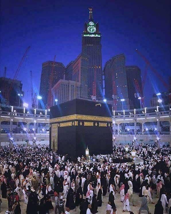 اشتقت الى فجر مكة المكرمة اللهم ارزقني وكل من يقول امين بالصلاه هناك صلاة الفجر يامؤمنين الصلاة خير من النوم الصلاة Mecca Hotel Mecca Wallpaper Medina Mosque