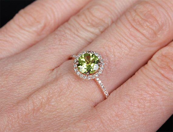 7mm VS Peridot 14k oro rosa allanar anillo diamantes por ThisIsLOGR