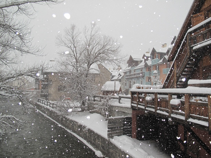 Serre Chevalier sous la neige le 11/02/2013. #ski #alpes #alps #france #tourisme…