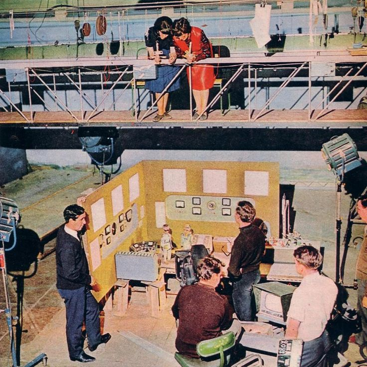 Rare shot from behind the scenes of Pit of Peril.