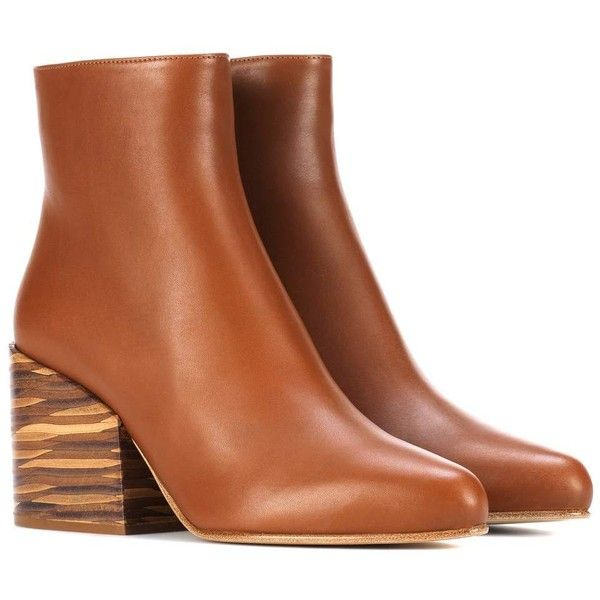 Gabriela Hearst Tito Leather Ankle Boots (27 190 UAH) ❤ liked on Polyvore featuring shoes, boots, ankle booties, brown, brown leather booties, leather bootie, short boots, leather ankle booties and leather ankle bootie