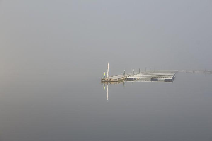 På reisen over de store hav dukker en havn opp i tåka, når du minst ventet det... #tåke #havn #Holmsbu https://www.facebook.com/bilderfrahjertet