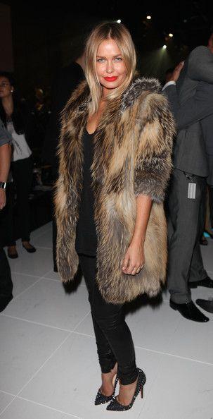 Lara Bingle fur