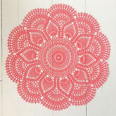 Pineapple Doily. Free pattern by American Thread Company.  (split and make tree…