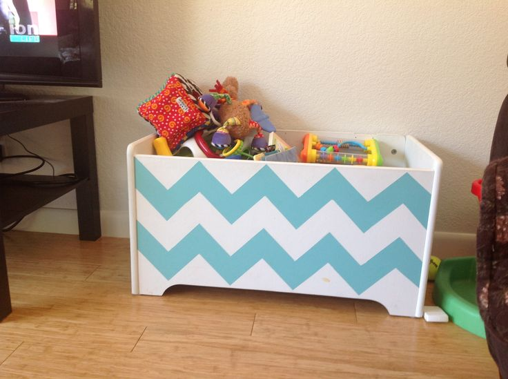 Chevron toy box. 5 dollars at a garage sale...paint... Money well spent