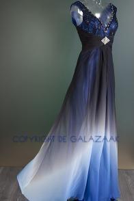 Galajurk met blauw kleurverloop en zwart kant 2041