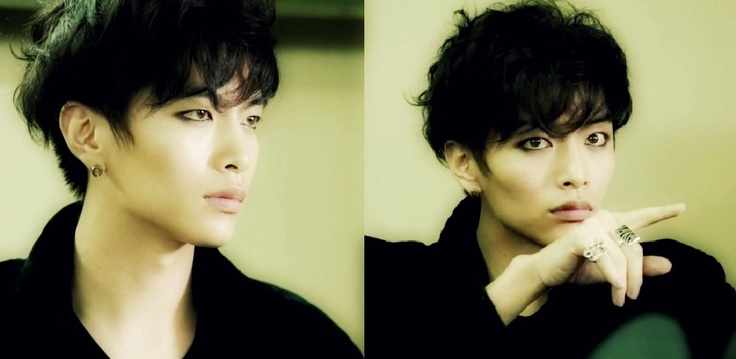 Byung Hee, played by Lee Min Ki, in Shut Up! Flower Boy Band. Really awesome character with tons of charisma :) Rockin' the guyliner