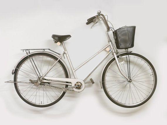 Ash wood bike rack/Bike hanger/Bicycle storage/Bike holder/Bike mount/Bike stand/Wall/Indoor/Minimalist/Wood/Bike hook/Interior design/Gift