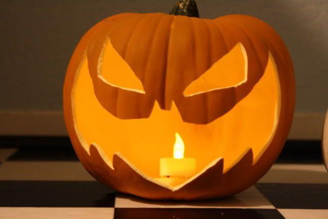 batman pumpkin carving patterns | Long Halloween Pumpkin Carving - The SuperHeroHype Forums