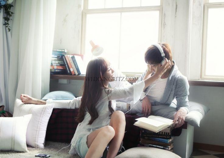 Korea Pre-Wedding Photoshoots by WeddingRitz.com » Moonlight Scooter Studio 'ARNOBO'