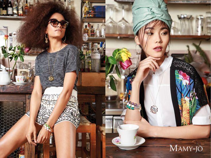 MAMY-Jò www.mamy-jo.com sx e dx: Parure in acciaio anallergico rodiato e pietre colorate #iosonopreziosa #preziosamagazine