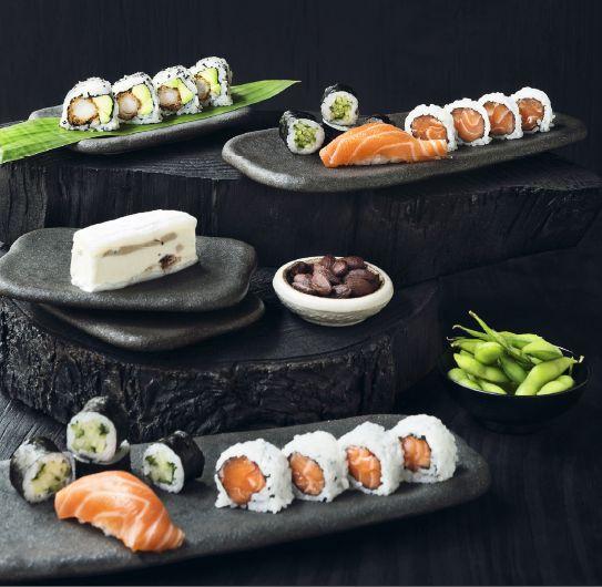 Sushi er også for børn, og derfor har vi naturligvis også børnemenuer - både til take-away og i restauranten.