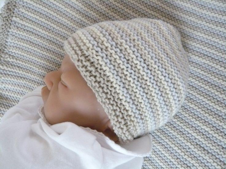 süsse Babymütze Mütze kraus rechts gestreift**