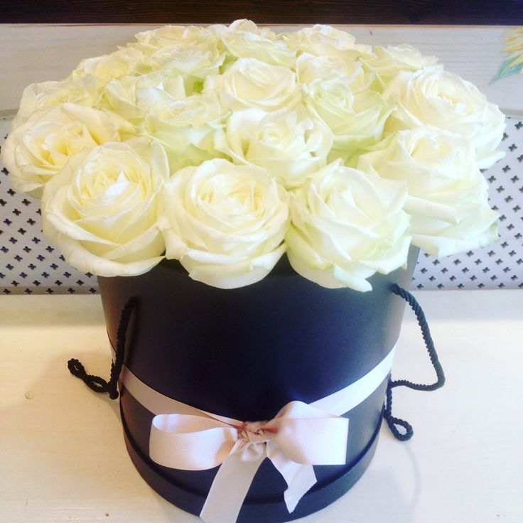 Box full with white roses #box#flowers by Atelier Floristic Aleksandra