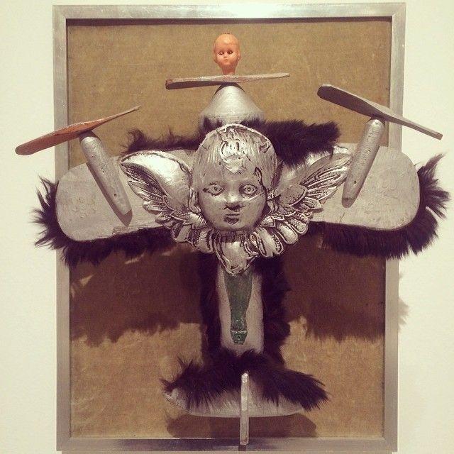 Kompozycja z samolotem #contemporaryart #surrealizm #hasior