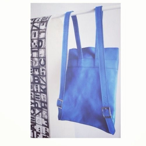 Altea in cobalto #cobalt #backpack #bag #leather #handmade #madeinitaly #blue #white