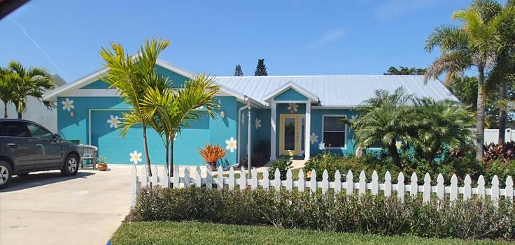 Dots House Island Bay