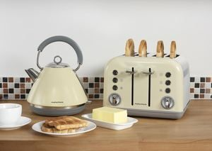 Morphy Richards Cream Kettle and 4 Slice Toaster - Accents Range