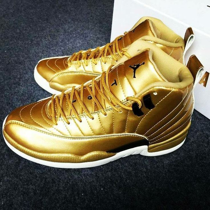 golden shoes for boys jordan