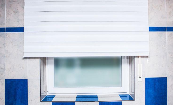 rollo badezimmer blauwei macht euer zuhause sch ner mit unseren rollos we rollos. Black Bedroom Furniture Sets. Home Design Ideas