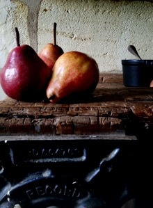 Manger blog - need to start reading!  It's about food + life in France, so, obviously.