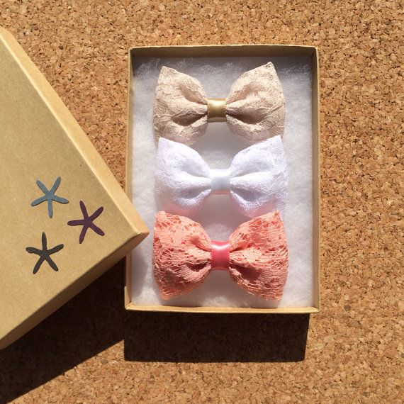 Beautiful vintage coral, white, and cream lace hair bows from Seaside Sparrow. Our vintage coral is limited. on Etsy, $11.00