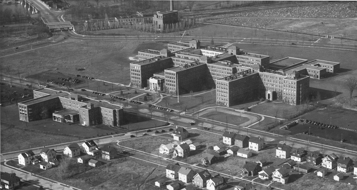 Strong Memorial Hospital, c.1935 i wonder how much parking cost back then?