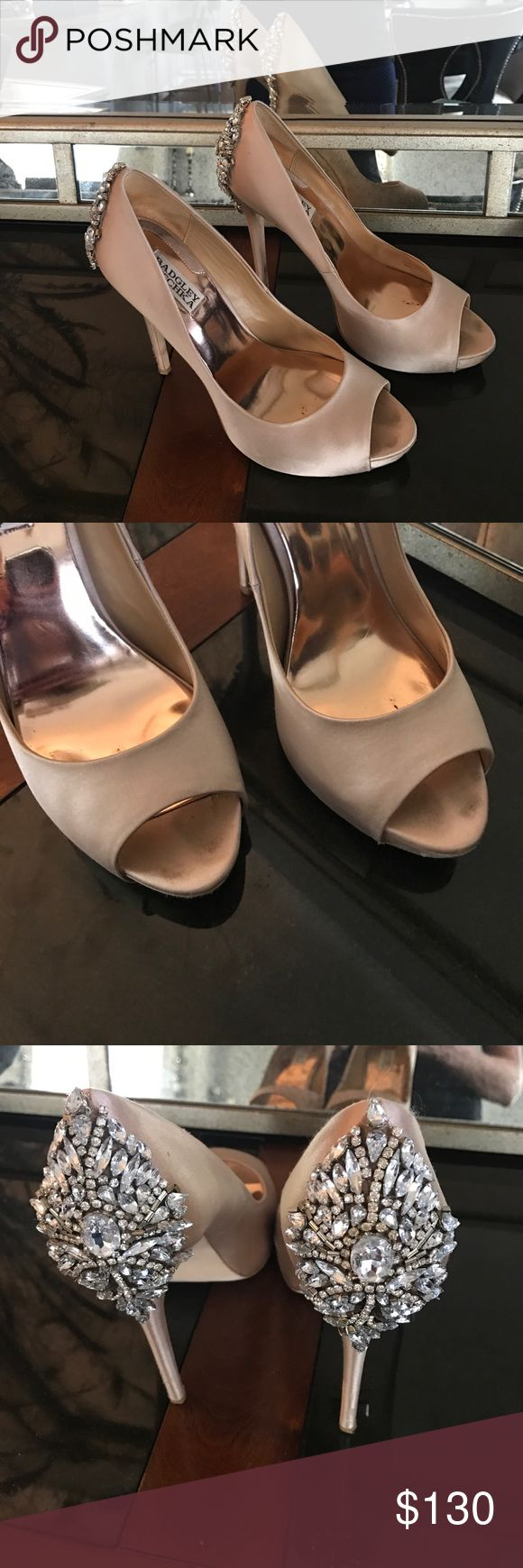Badgley Mischka peep toe pumps Worn once to a wedding. In box great condition. Badgley Mischka Shoes Heels