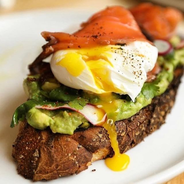 YUMMY RECIPE! Avocado Toast with Poached Egg & Smoked Salmon from @empire_diner @brunchboys #EmpireDiner #breakfast #breakfastlover #avotoast #avolover #poachedegg #smokedsalmon #healthybreakfast #nyc #nyceat #brunch #food #foodtime #foodlover #foodporn #foodpics #foodphotography #foodgram #instatood #foodies #healthyfood #deliciousfood #yahoofood #yummy #gluttony #coolinaria (instalink http://ift.tt/2BvQ7kl) by coolinaria.es Food Foods Foodies foodie foodporn foodstagram foodlover…