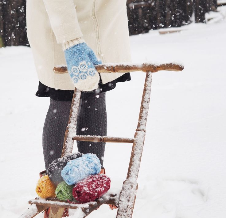 Mittens worthy an Olympic champion! Free Swedish pattern available on our blog.