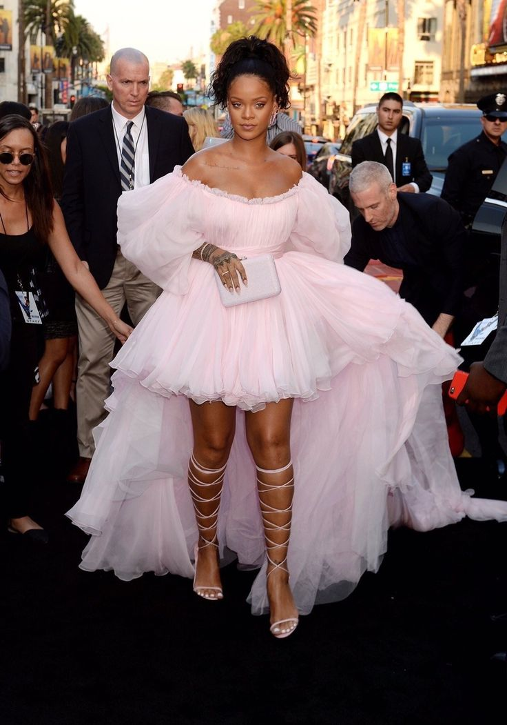 Rihanna walking the Black Carpet at the Valerian Premiere in Hollywood (July 17)