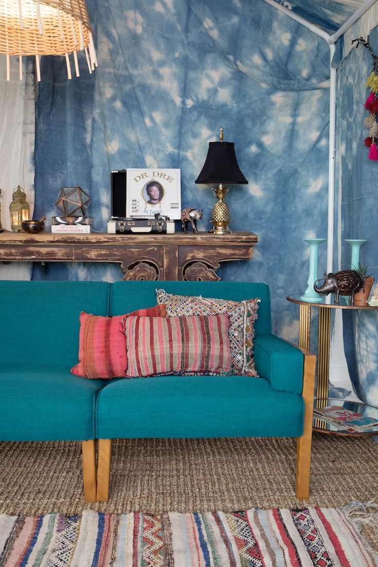 Our Synergy sofa is showcased here for the #PatinaZodiacStyle + is quite the midcentury piece!   Patina