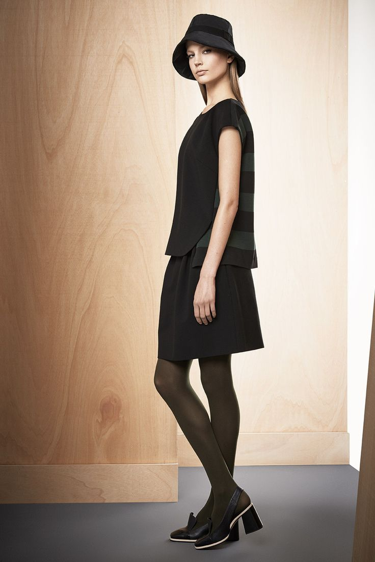 Max Mara Pre-Fall 2014 Fashion Show Collection