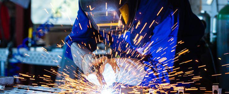 ALUMETCO bvba (Laswerken Vervloet Mario) is uw partner voor al uw laswerken in aluminium, inox en staal. Wij hebben een oplossing voor al uw constructies, perfect op maat.