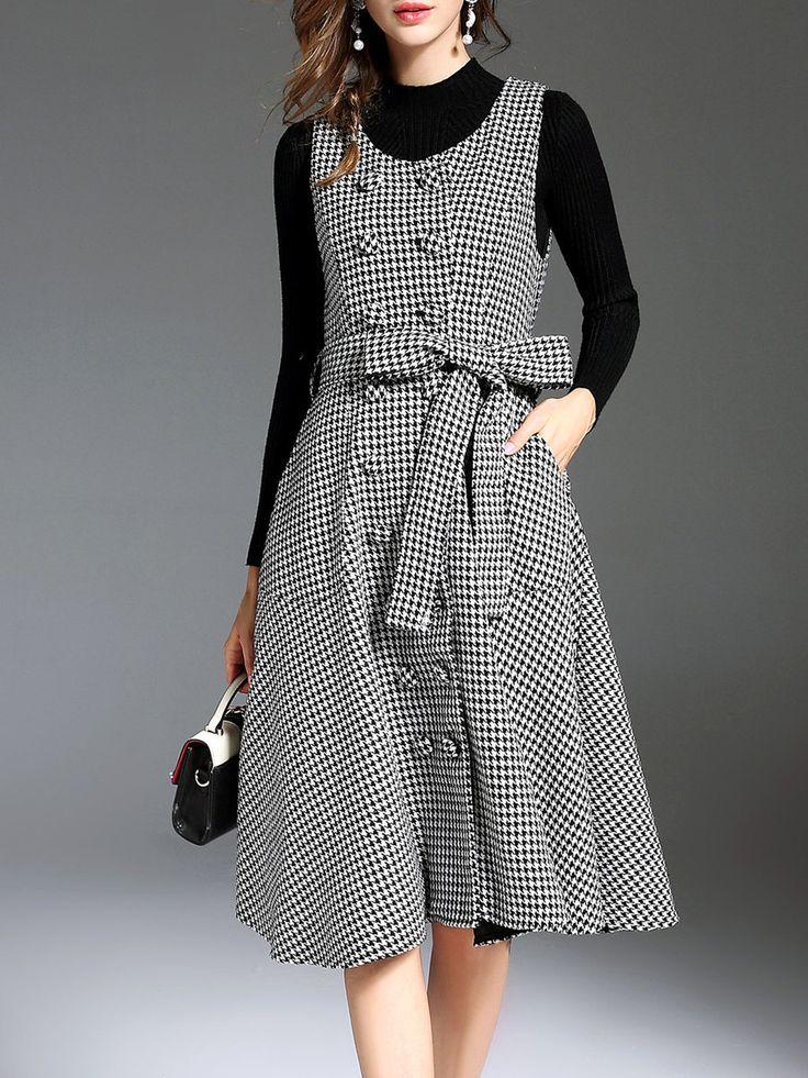 Shop Midi Dresses - Black-white Crew Neck Sleeveless Midi Dress online. Discover unique designers fashion at StyleWe.com.