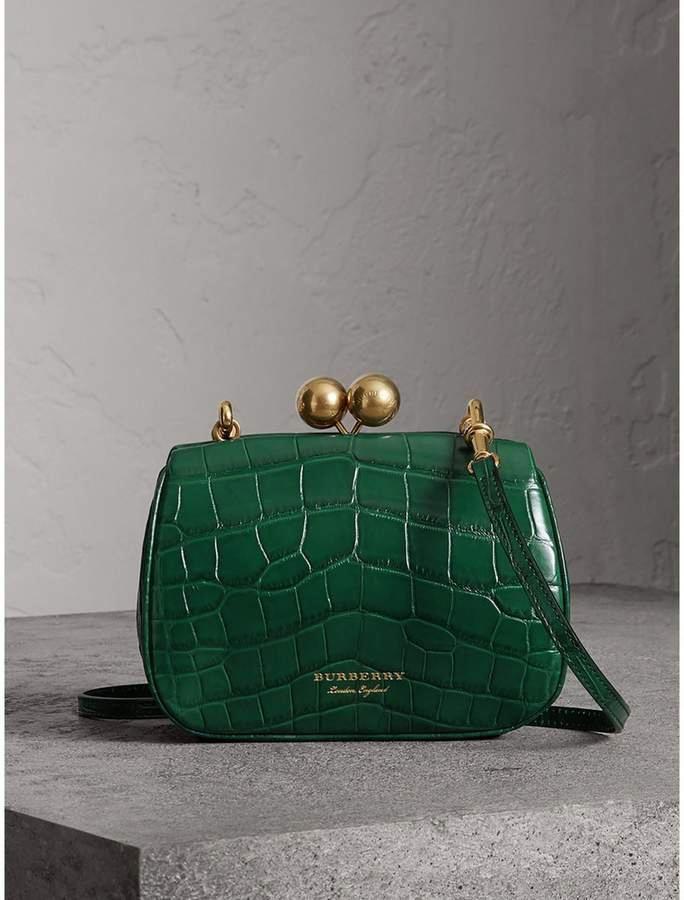 6febe7fd6 Burberry Small Alligator Frame Bag #Burberryhandbags   Sapatos em 2019    Acessórios, Bolsas e Bolsa chiques