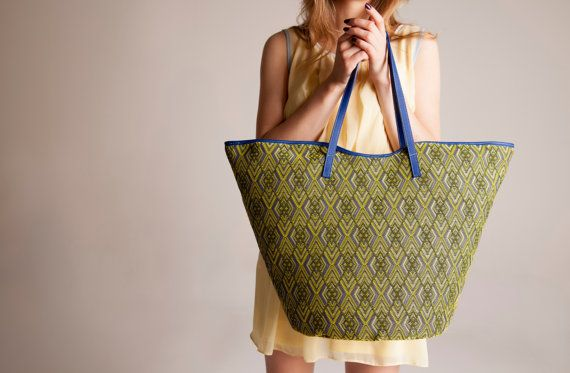 Yellow and lilac large everyday glam Tote Beach by vquadroitaly, €150.00