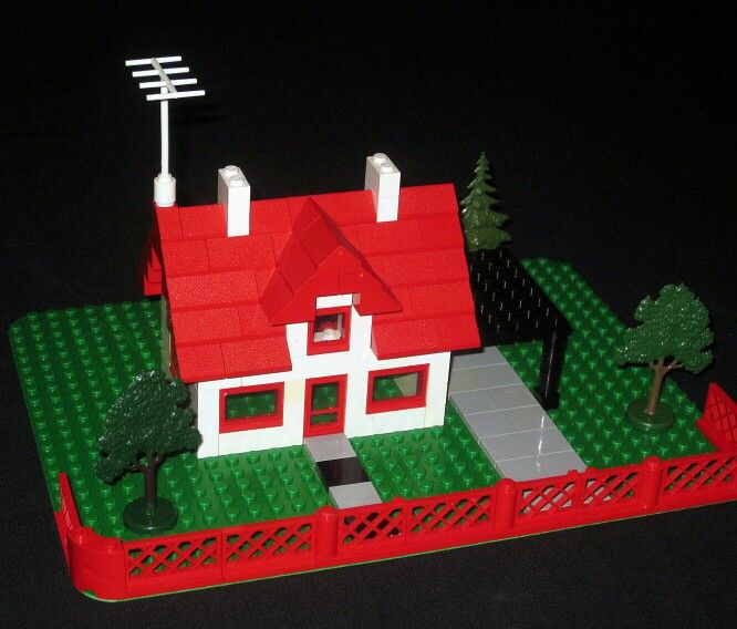 Assembled 1960s Lego house and garden