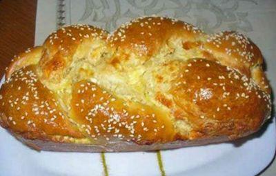 Αφράτο τυροψωμάκι - ένα υπέροχο ψωμάκι που τρώγεται ευχάριστα μόνο του!