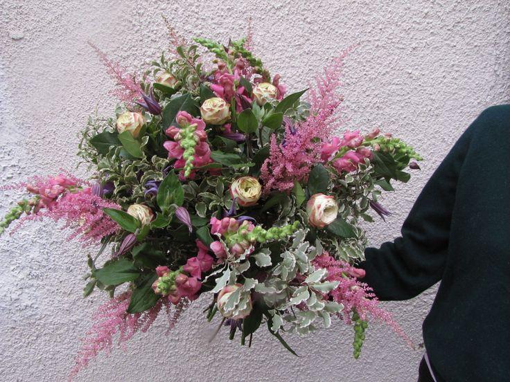 Astrantia, Piano Roses, Antirrhinum, Clematis and Pittosporum for a very pink bouquet!