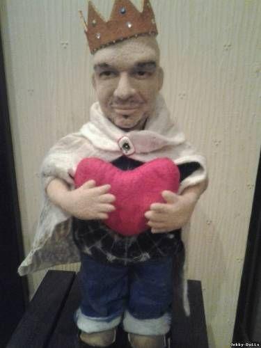 Портретная кукла из шерсти - Король Ее Сердца
