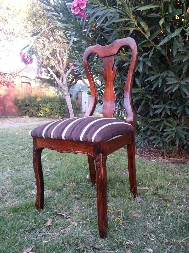 Silla reina Ana! Valor de la sillas: 110.000 C/U Colores y tapices a tu elección Numero: + 569 75799591 Correo: mueblesdeco1@gmail.com https://www.facebook.com/Mueblesdecochile1