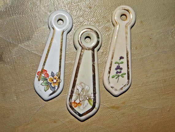 Porcelain escutcheon keyhole cover teardrop by Goldensideofme