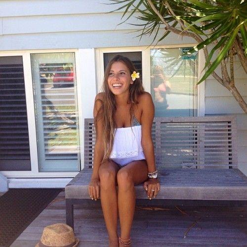 Kati Garnett Nude Photos 16
