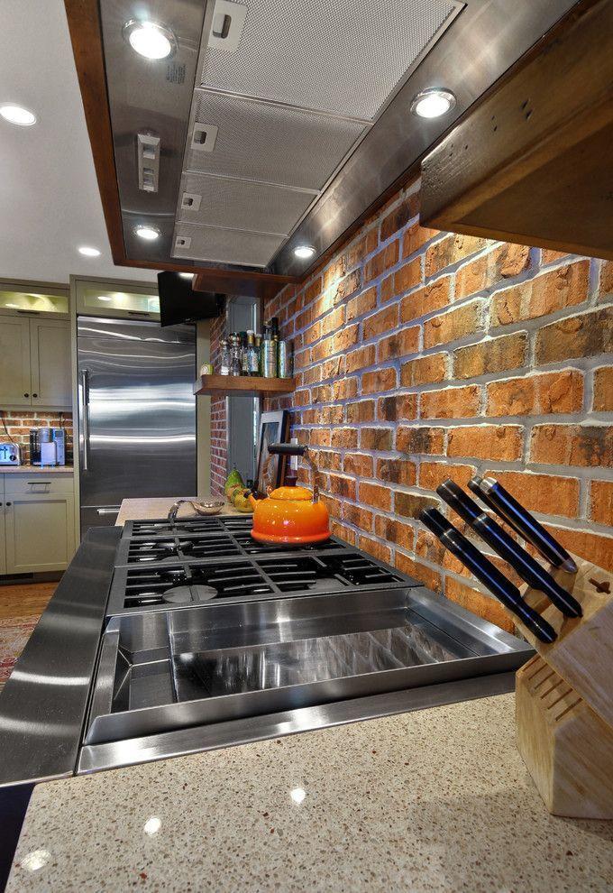 Клинкерная плитка для внутренней отделки стен (62 фото): эффектно, долговечно, доступно http://happymodern.ru/klinkernaya-plitka-dlya-vnutrennej-otdelki-sten-62-foto-effektno-dolgovechno-dostupno/ Фартук кухни из клинкерной плитки - красивое и практичное решение